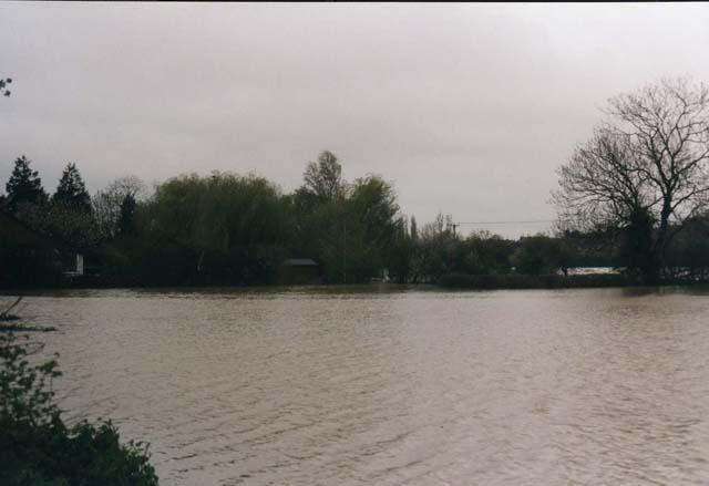 Tewkesbury_1997_Enstone06