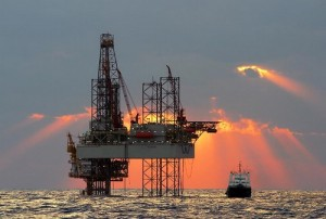 2011.7.6- oil_rig